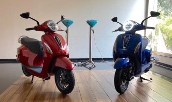 Here's how many electric scooters Bajaj & TVS sold in 2020 [Update]