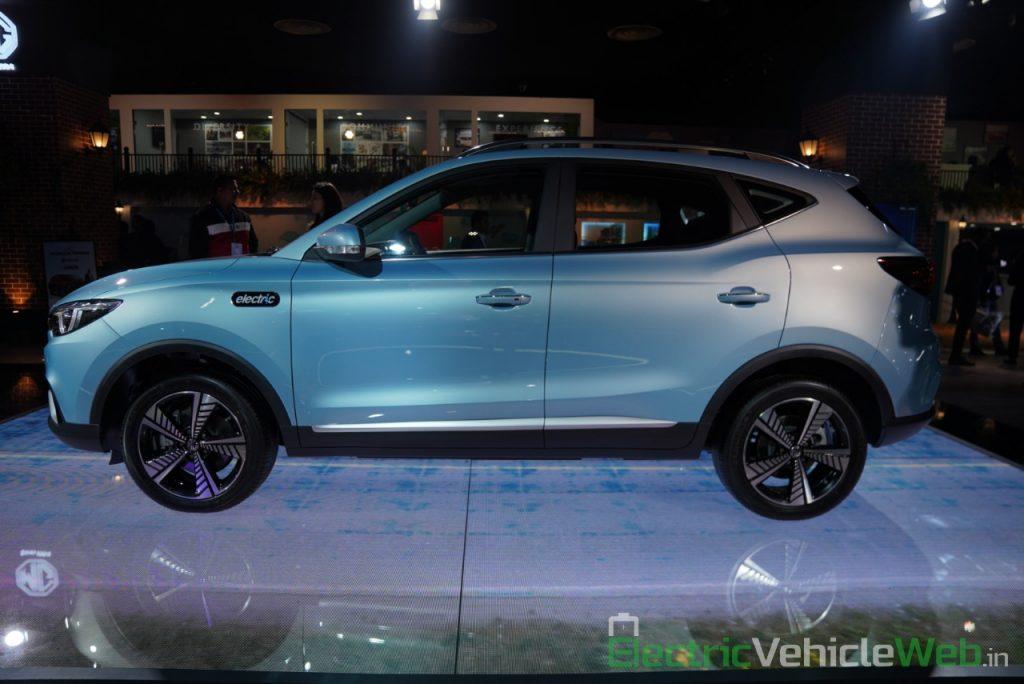 MG ZS EV side view - Auto Expo 2020