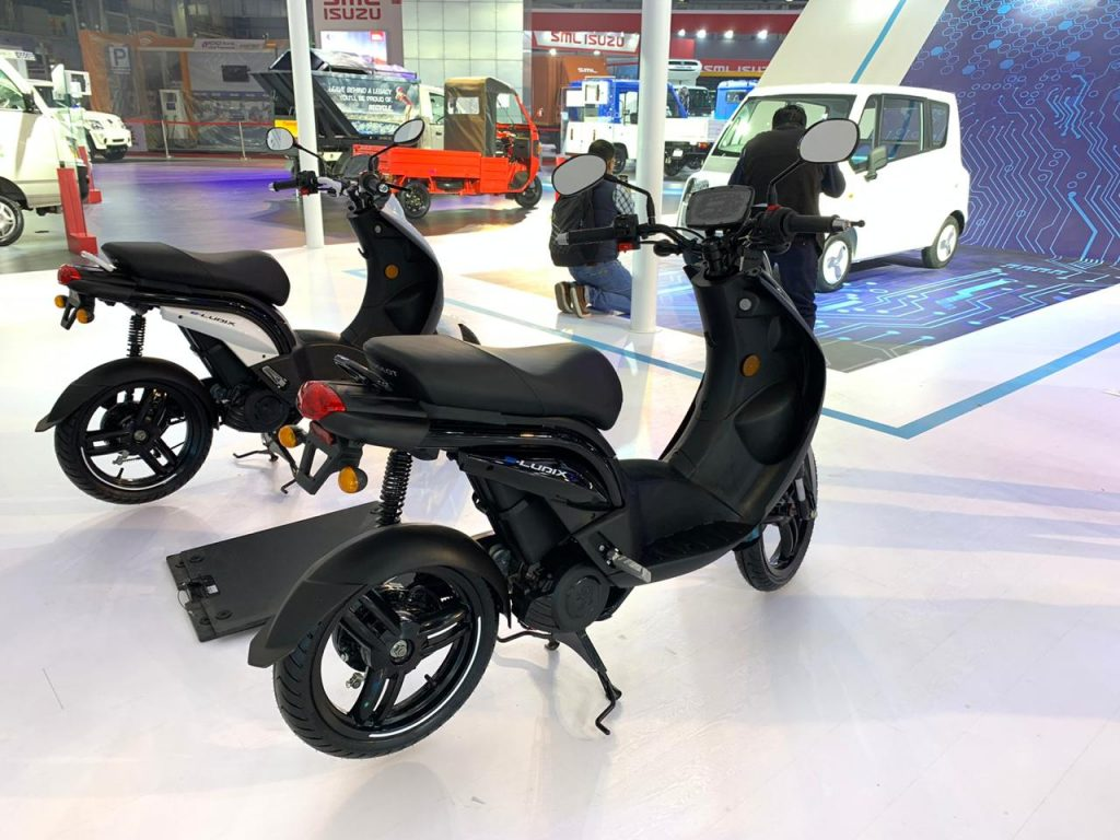 Peugeot e-Ludix rear at the Auto Expo 2020
