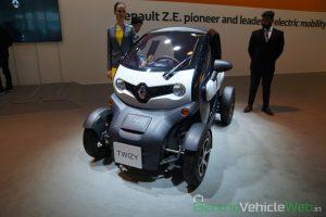 Renault Twizy front three quarter view - Auto Expo 2020