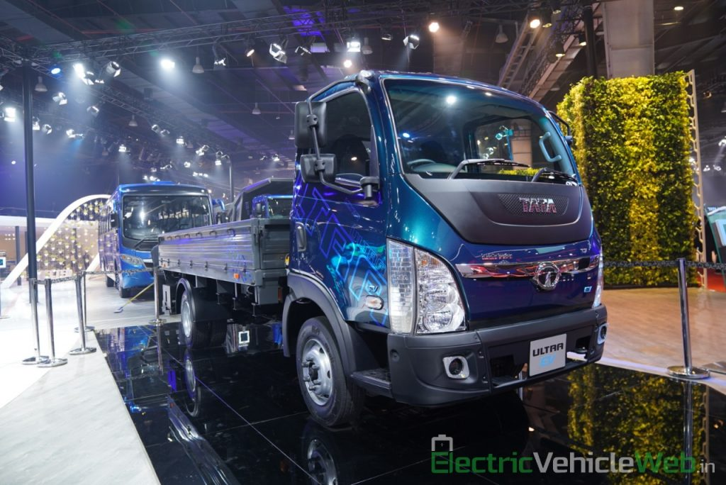 Tata Ultra Electric Truck front three quarter view 1 - Auto Expo 2020