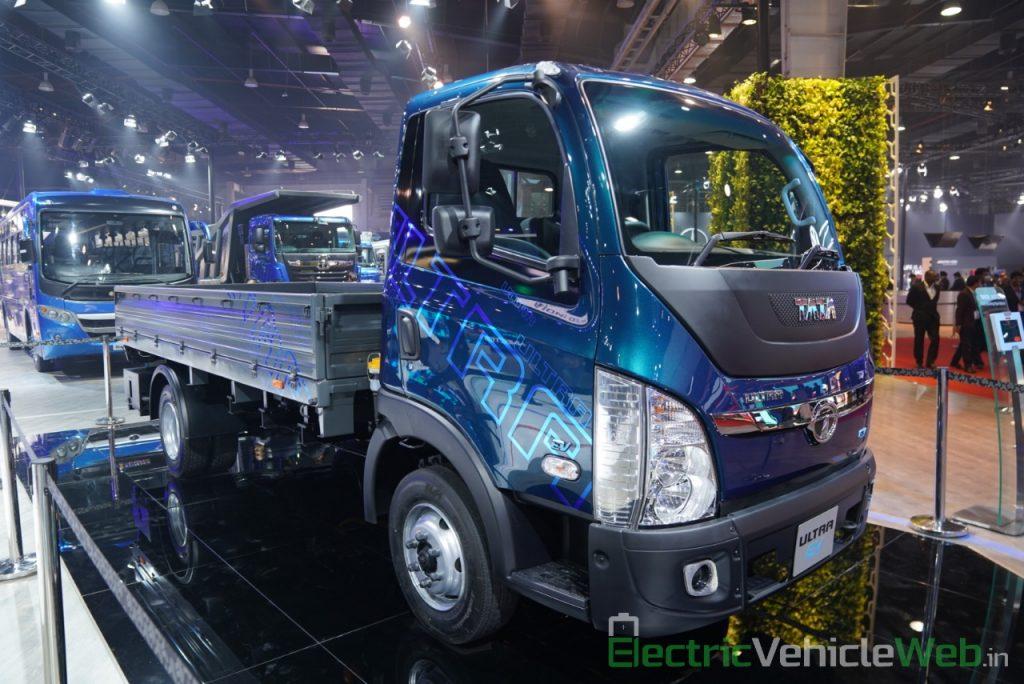 Tata Ultra Electric Truck front three quarter view 2 - Auto Expo 2020