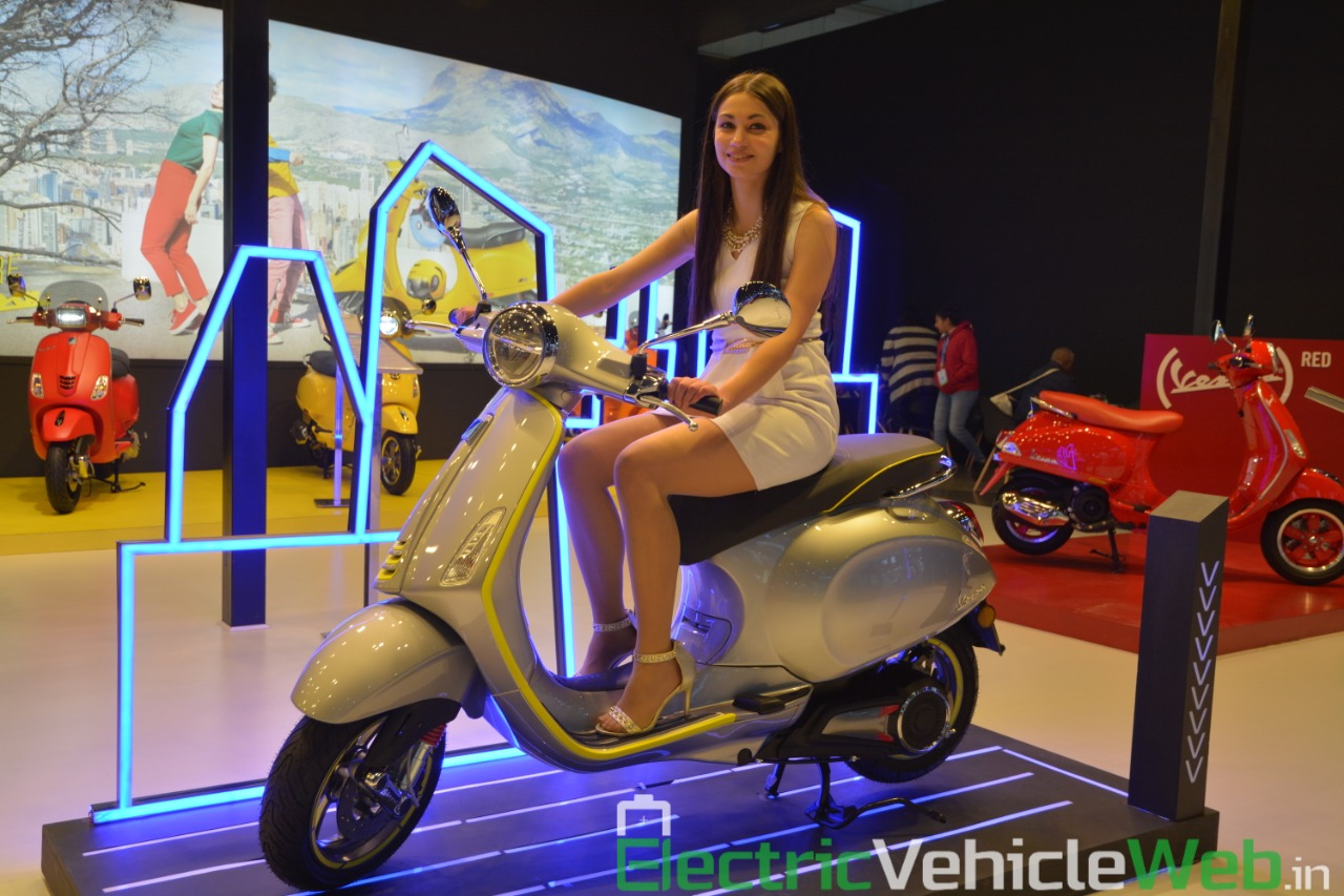Vespa Elettrica electric scooter front view - Auto Expo 2020