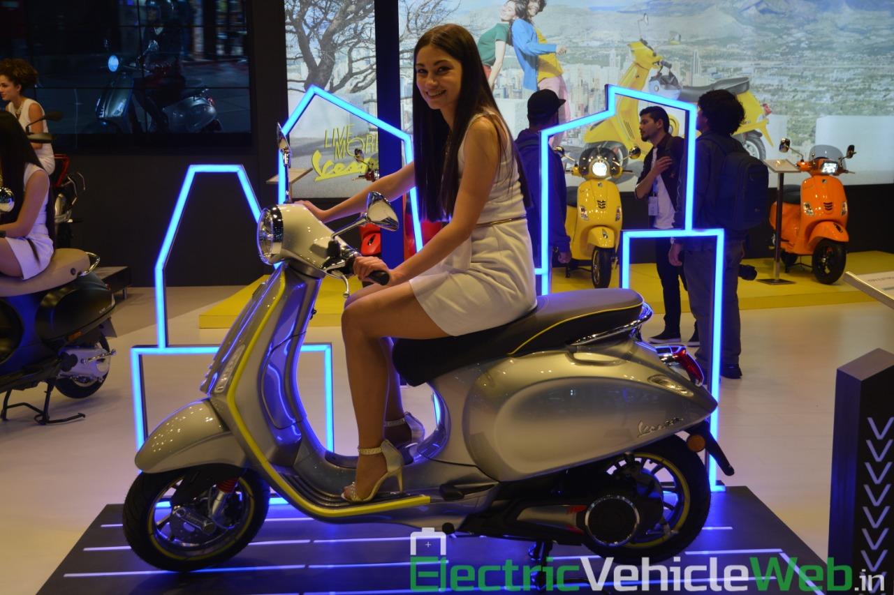 Vespa Elettrica electric scooter side view - Auto Expo 2020