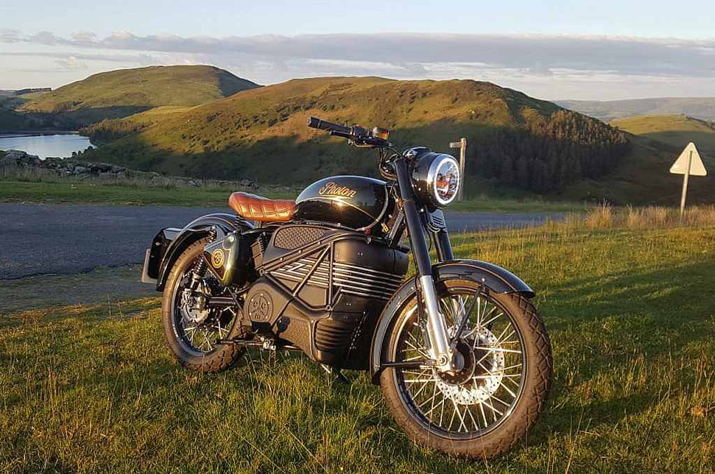 Royal Enfield Bullet Photon Electric front three quarter view 02