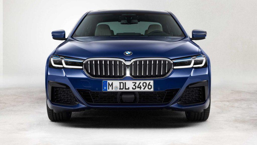 2021 BMW 5 Series Hybrid front fascia