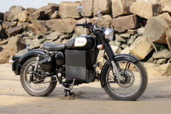 E-Bullet: A Tribute to Royal Enfield by Hound Electric
