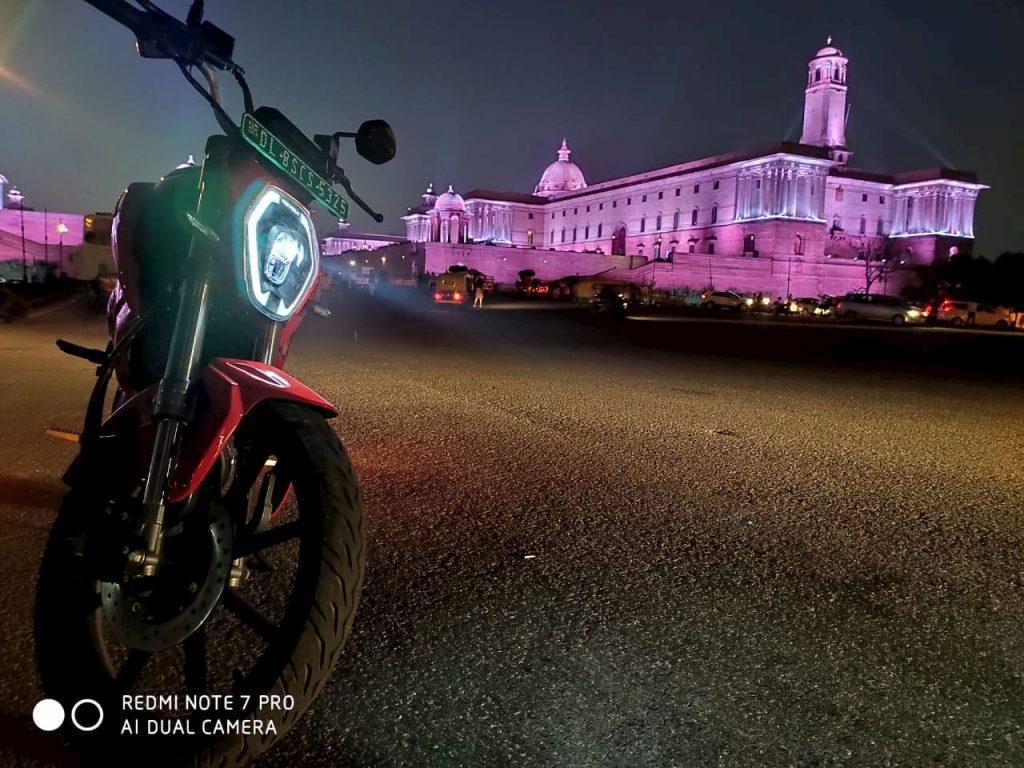 Revolt RV400 headlight night review Pramit
