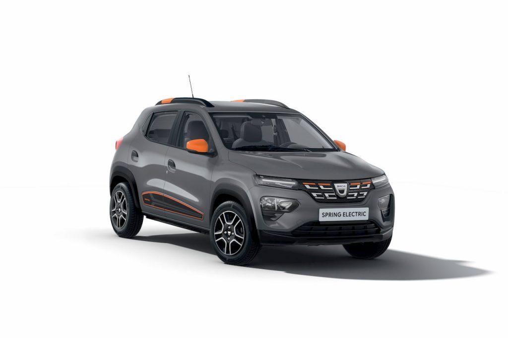 Dacia Spring Electric front quarters