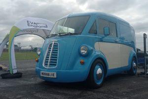 Morris JE electric van front three quarters live image