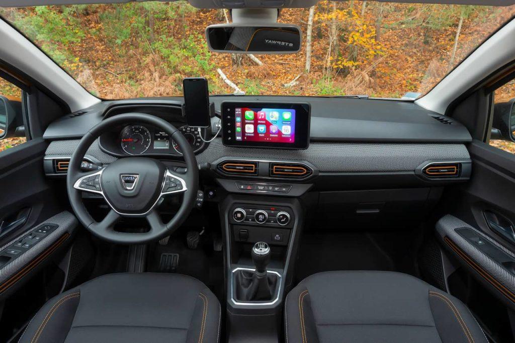 2021 Dacia Sandero Stepway interior dashboard