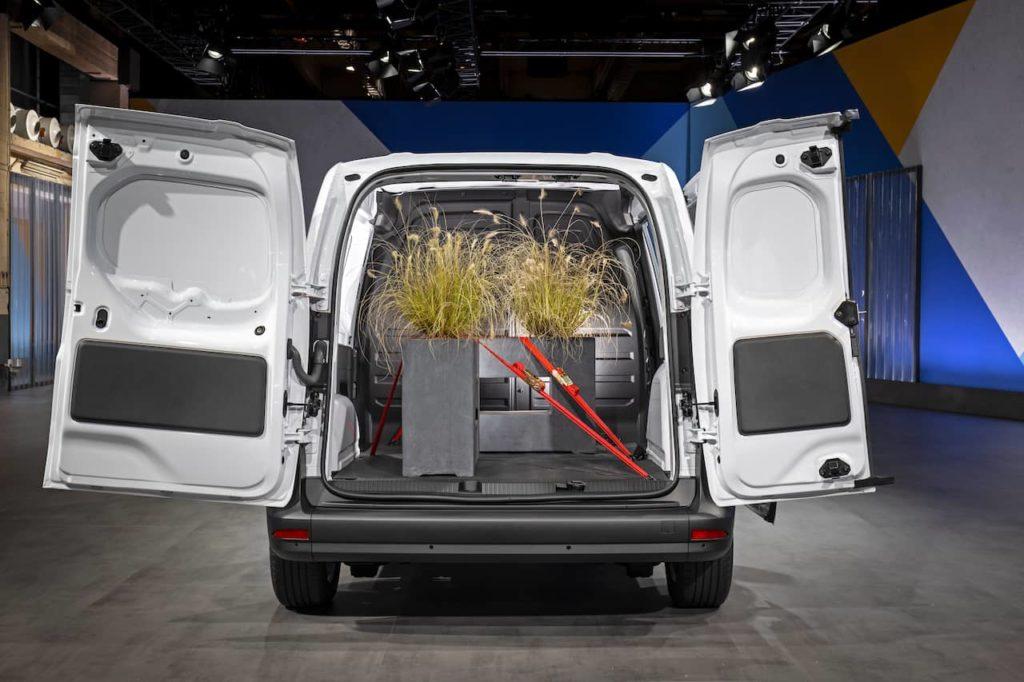 2022 Mercedes-Benz eCitan rear door