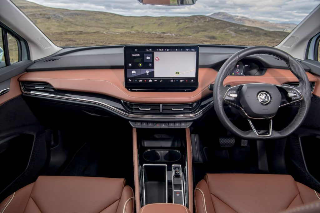 Skoda Enyaq iV 80 interior dashboard