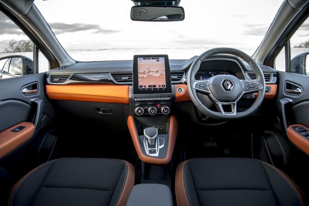 2020 Renault Captur PHEV interior