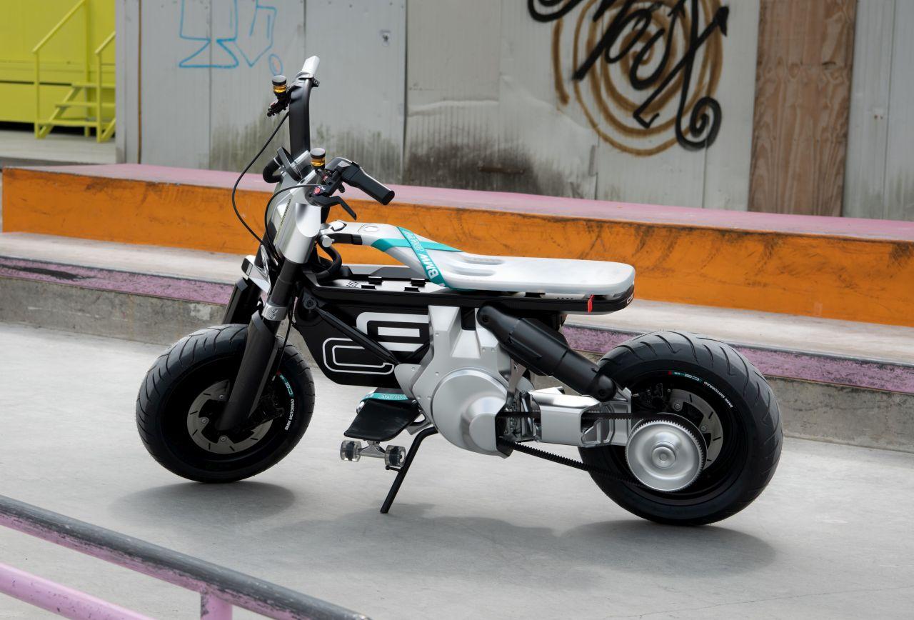 BMW Concept CE 02 hero